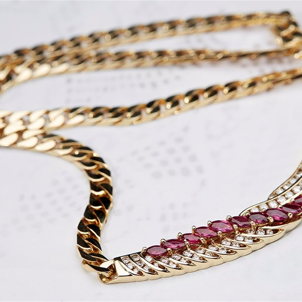18K Yellow Gold 18K Yellow Gold Diamond & Ruby Suite of Jewellery